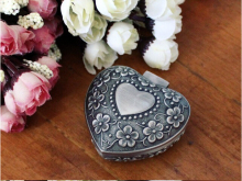 Fashion Jewelry Boxes Metal Jewelry Case Trinket box Heart Shaped Zinc-alloy Material jewelry display Z018