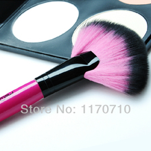 FREE SHIPPING! Top Level Goat Hair Makeup Brushes Fan Powder Brush One Piece !(China)