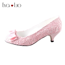 CHS467 DHL Express Custom Handamde Bow Kitten Low Heel Light Pink Lace Bridal Wedding Shoes Women Shoes Dress Pumps
