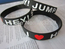 500pcs custom writing caved caoutchouc silicone bracelet personalized design engrave text debossed logo rubber bands EG-WBD003