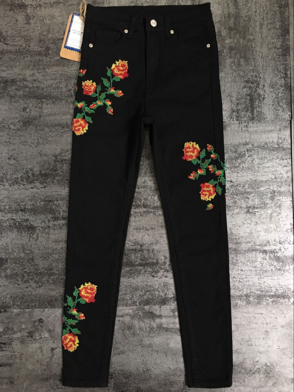 2017 European and American women hot high waist Slim stretch front and rear side cross embroidery roses cowboy pants pants pants (13)