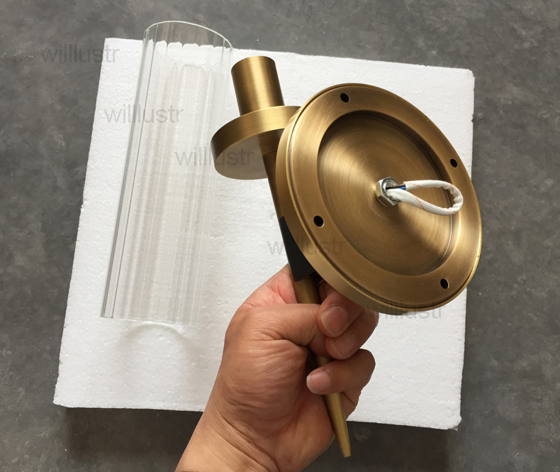 brass wall lamp (2)