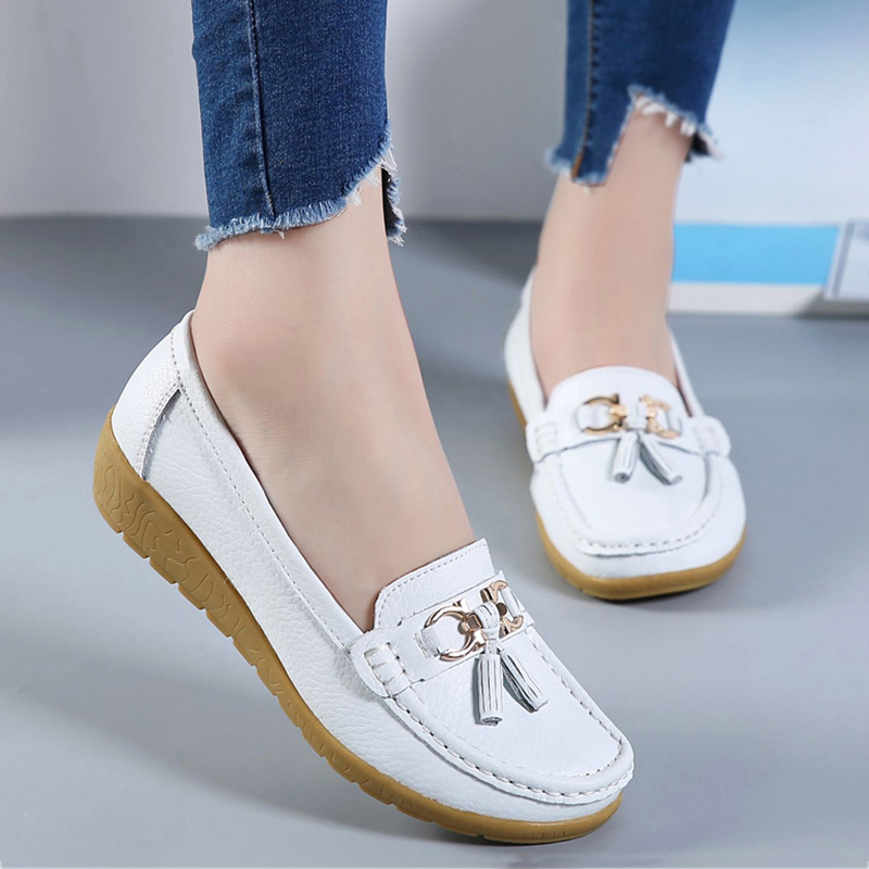 2018 Flats Woman Cow Leather Flats Women Slip On Women's Loafers Metal Decoration Large Size 35-44(China)