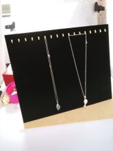 Free shipping Black 17 Hooks Velvet Surface Jewelry Necklace Chain Display Board Stand Rack For jewelry display