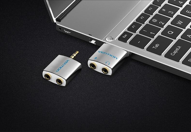 Adapter kõrvaklappide või mikrofoni jaoks