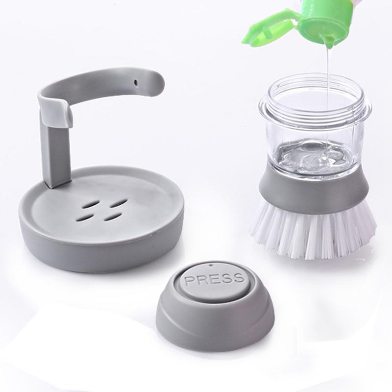 Brosse de nettoyage avec distributeur de détergent