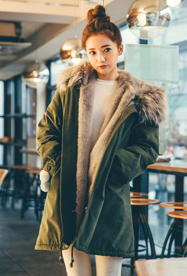 Large Fur collar Woolen Coats 2017 New Winter Jackets Women Thickening Hooded Clothes Long Sleeve Top Plus size OuterwearÎäåæäà è àêñåññóàðû<br><br>