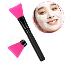 1pcs Professional Makeup Mask Brush Wooden Handle Facial Face Mud Mask Mixing Brush Cosmetic Make up Kit cosmetics(China)