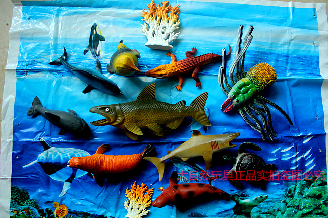 Benthic marine animal model simulation plastic toys crab lobster underwater world whale shark set<br><br>Aliexpress