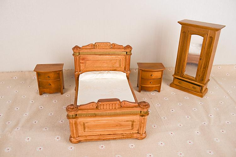 dollhouse furniture toy (1)
