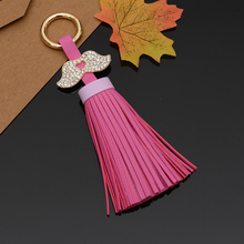 2017 Leather Keychain Bag Pendant With Mustache Car Ornaments Creative Gifts Long Key Chain Buckle Key Ring 13Colors EH-819