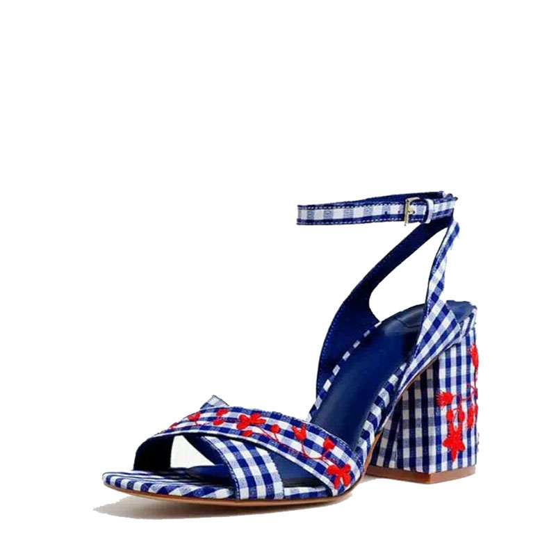 In the summer of 2017 new square head cross a cingulate with pair high-embroidered high-embroidered womens shoes Womens Sandals<br>