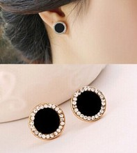 Korean version of the anti-allergic qualities of high-quality imitation Rhinestones circle earrings jewelry for women