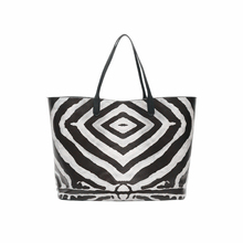 2017 Limited Hot Sale Unisex Casual Shoulder Bags Female Leisure Bag And Handbag Zebra Hit Color Picture The Big Capacity Mummy