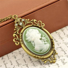 SHUANGR Summer Style Jewelry Vintage Antique Gold-Color Queen Cameo Pendant Necklace Statement Necklace for Women Jewelry