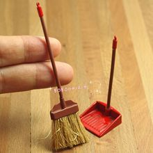 Dollhouse Miniature 1:12 Toy Red Metal Long Handles Broom And Dust Pan Set JM54(China)
