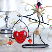 2016 Fashion Iron Hanging Candle Holder Candlestick Stand Romantic Wedding Dinner Decor Wedding gift red heart shape home Decor