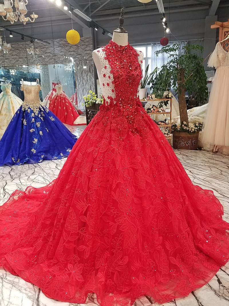 3144 Noble Sexy Red Sleeveless Bridal Dress Super Large Crystal Red Appliqued Fluffy Ball Gown