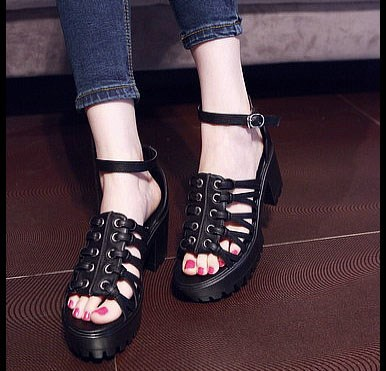 fish mouth joker sandals with thick bottom belt buckle in Europe and the thick with high waterproof shoes bag mail<br><br>Aliexpress