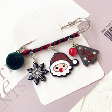 Christmas Brooch Pin Santa Snowman Badges Jewelery Clothing Corsage Bell Elk Sled Dog Cartoon Fun Winding Brooches