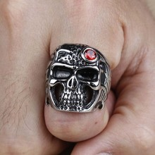 New Arrival Stainless Steel Men Red CZ Cubic Zirconia Skull Head Finger Rings Gothic Trendy Fashion Skeleton Jewelry 2017 (A498)