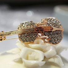 Hot Sale Personalized Violin Brooch Rhinestone Corsage Collar Suit Brooches Pin Men and Women Fashion Jewelry Gift(China)