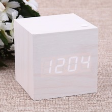 Wooden USB/AAA LED Thermometer Powered Digital Desk White Alarm Clock Fashionable And Modern Simple