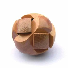Puzzle Toys Space Intellect Ball Game Kids IQ Games Toys Chinese Traditional Wooden Puzzle Ming Luban Lock(China)