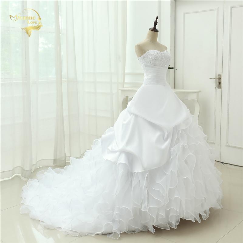 Classic Style Vestidos De Noiva A Line Robe De Mariage Strapless Applique Bridal Gown Wedding Dress 2018 Chapel Train YN0120 5