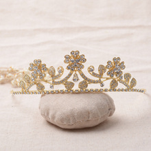 Crystal Tiara Bridal wedding Crown Golden plated czech crystal Leaf with flower women hairWear party Hair jewelry accessories