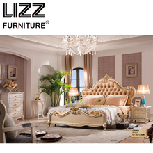 Chesterfield Royal Bed Room Furniture Set Antique Style Furniture Solid Wood Night Table Luxury Leather King Size Bed(China)