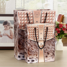 10pcs Animal Print Paper Bags Lamination PP Rope Handle 33x26x10cm 24x18x8cm Business Present Packing Bags Custom Gift Punches
