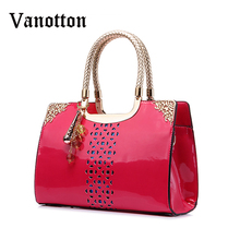 New Fashion Patent Leather Handbags Women Famous Brand Tote Bags Black Hollow Out Embossed Shoulder Bags Messenger Bag