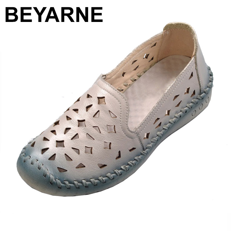 2018 Summer Genuine Leather Breathable Soft Bottom Mother Shoes for Women Big Plus Size Hollow Out Flat Shoes Zapatos Mujer<br>