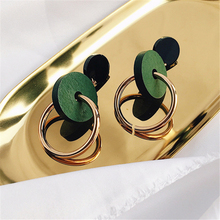Japan Vintage Small Fresh New Air Wooden Female Golden Circle All-match Fashion Pendant Earrings # C768(China)