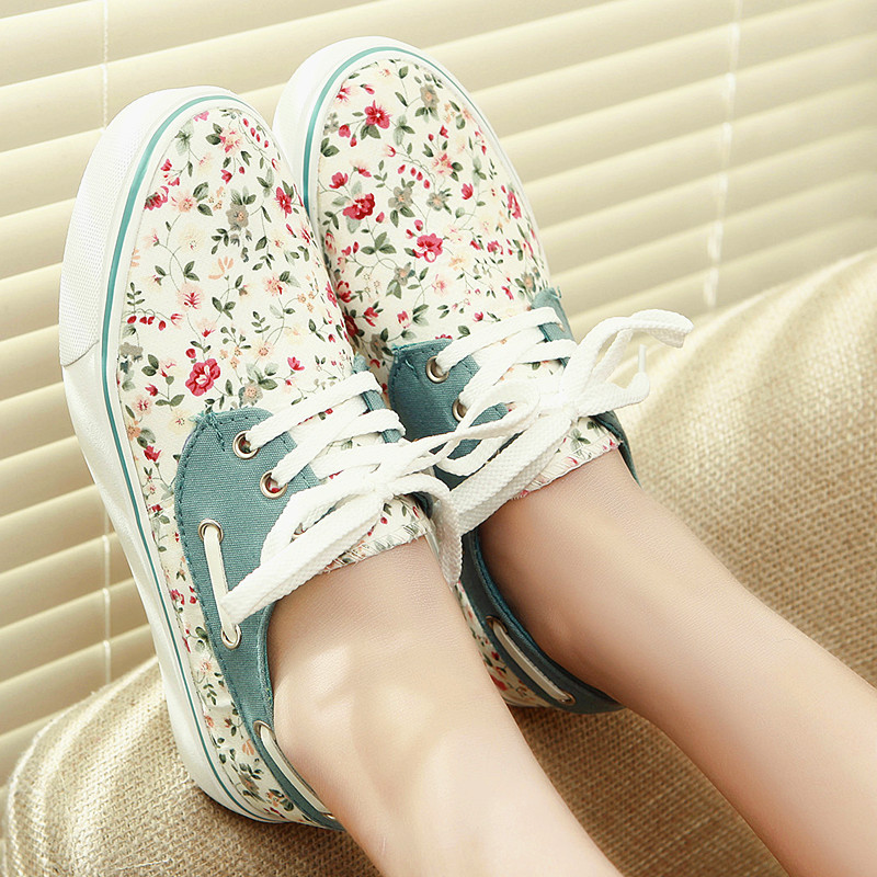 Womens New princess canvas shoes floral print shoes womens fashion casual shoes for lady flats<br><br>Aliexpress