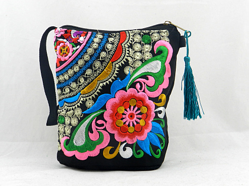 Chinese Ethnic embroidery bag phone women messegner bags embroidered cloth female Children unsual bags mobile phone<br><br>Aliexpress