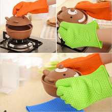 1pc Heat Slip BBQ Oven Pot Holder Mitt Sleeves Resistant Silicone Dotted Gloves Cooking Baking Kitchen Accessories IC878416(China)
