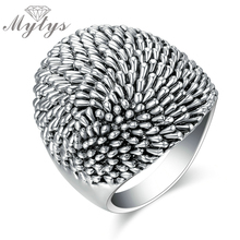 Mytys Trendy Black Retro Vintage Theatrical Design Big Ring Eye Catching Fashion Jewelry Chunky Ring 2017 New Arrival R1217(China)