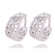 LUCKY YEAR Wholesale 1Pair Hollow Silver Color Hoop Earrings Jewelry  Women Cute Earings Boucle D'Oreille