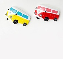 Kids Toy Colorful Bus Magnetic Stick Canbe Used as Fridge Magnet Refrigerator Office Whiteboard Gadget Tool Photo/Paper Clip