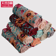 2017 Ethnic Style Cotton Woman Scarf Floral Embroidery Female Shawl Oversized Soft  Flower Foulard Scaerves Scarf  muslim hijab