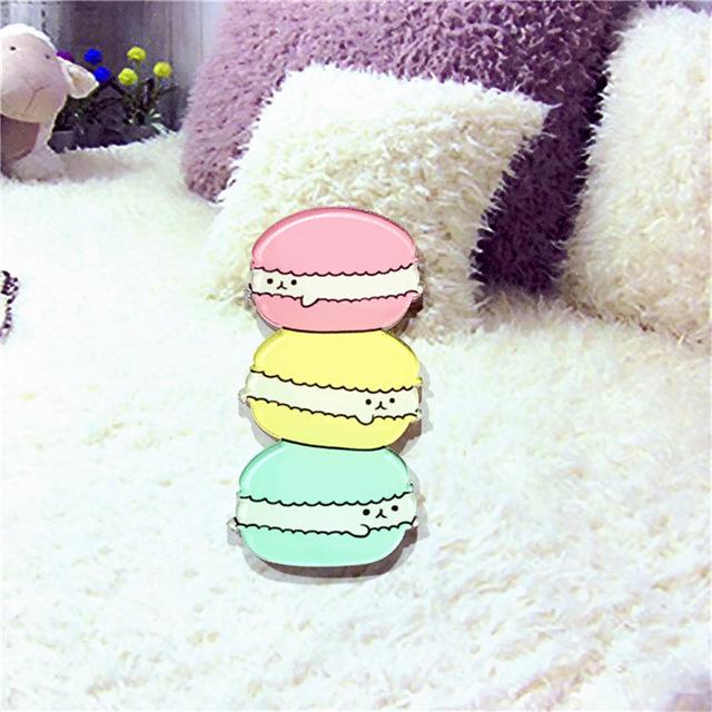 Kawaii-Icon-Harajuku-Stacked-Animal-Pikachu-Acrylic-Brooch-Clothes-Badge-Decorative-Rozet-Collar-Scarf-Lapel-Pin.jpg_640x640 (3)