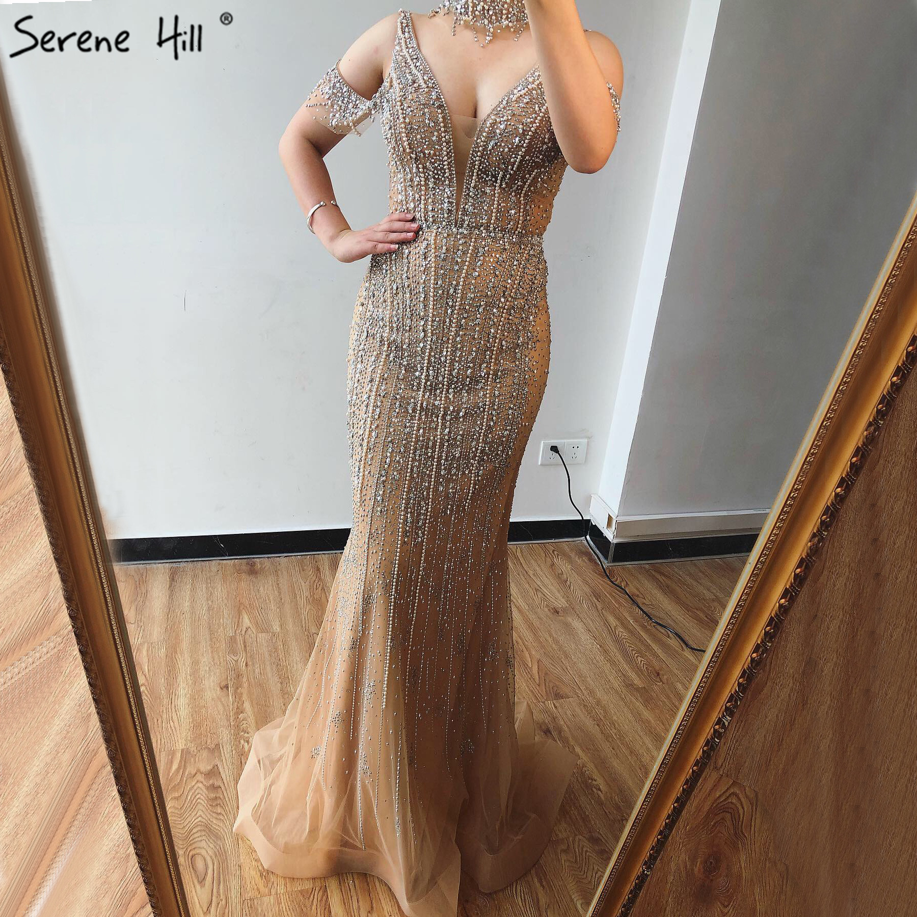 Dubai Champagne V-Neck Pearls Diamond Evening Dresses 2019 Latest Design Sleeveless Sexy Evening Gowns Serene Hill LA70055(China)