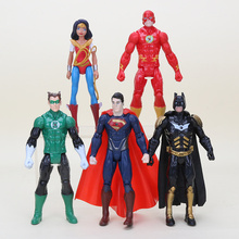 5pcs/set The Avengers superhero Batman Superman Wonder woman The Flash Green Lantern PVC Action Figure Toys