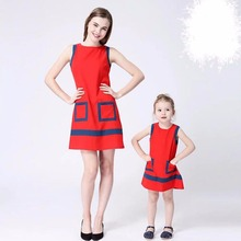 Europe-American Style Mother Daughter Dresses 2017 Summer Print Family Matching Clothes Mom Daughter Dress Girl Princess Dresses