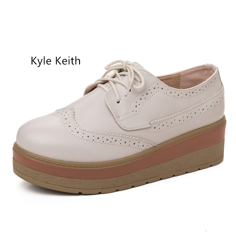 Kyle Keith New Arrival 2017 Vintage Style Waterproof Platform Oxfords Brogues Women Flats Loafers Female Brogues Shoes<br>