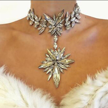 Dvacaman Brand 2016 Facebook Fashion Starburst Necklace&Pendant Za Crystal Flower Statement Necklace Choker Collar Jewelry P58(China)