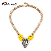 Ms Personality Retro Brand Desinger Jewelry Resin Daisy Necklace Factory Wholesale
