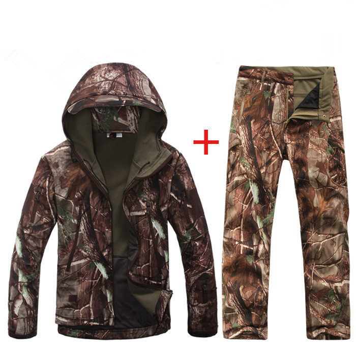 Men Outdoor Hunting Camping Waterproof Windproof FleeceJackets and Coats with Hoody Softshell Jacket+pants Sports Suits<br><br>Aliexpress